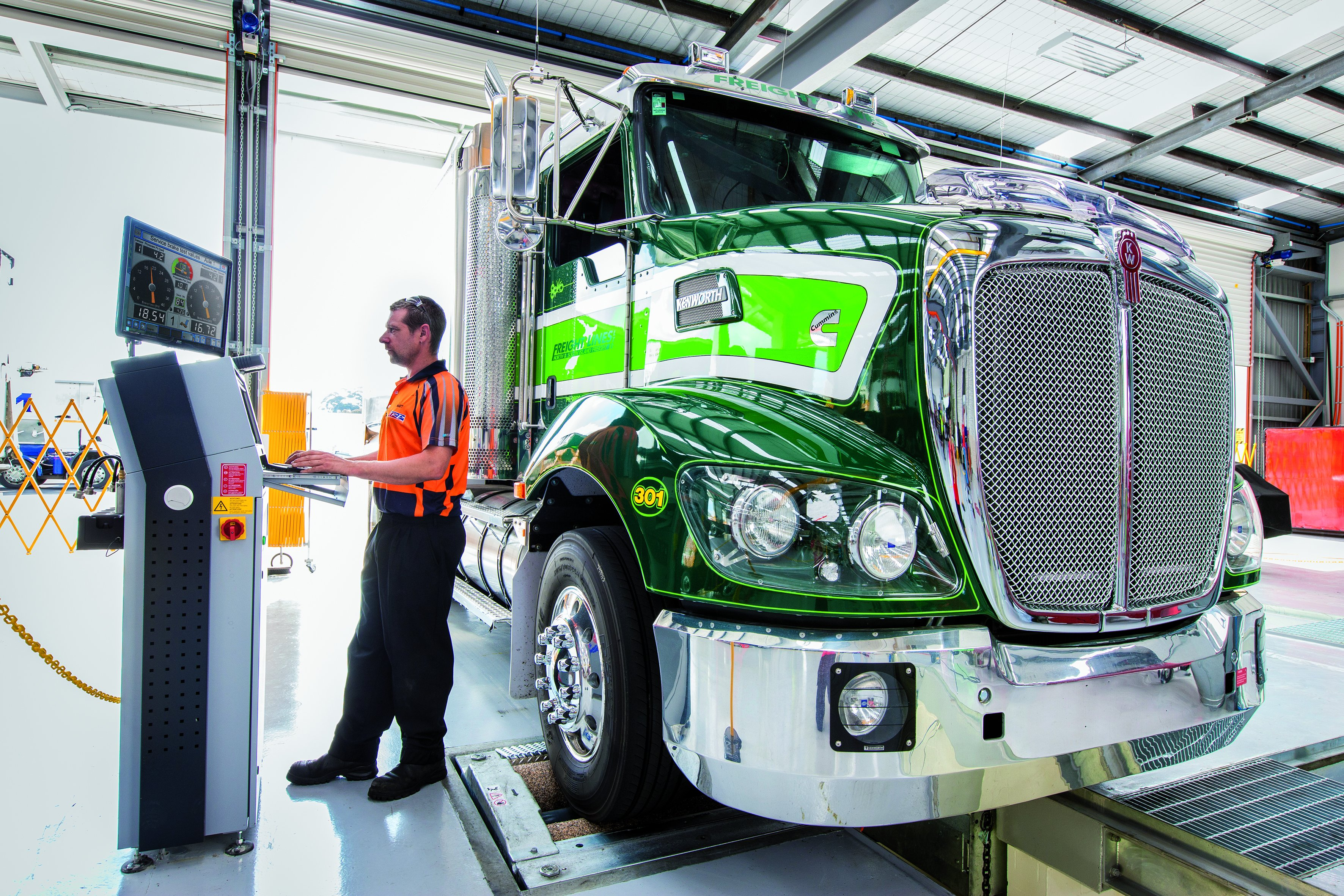 Роликовый тормозной стенд для грузовых автомобилей MBT 7250 EUROSYSTEM