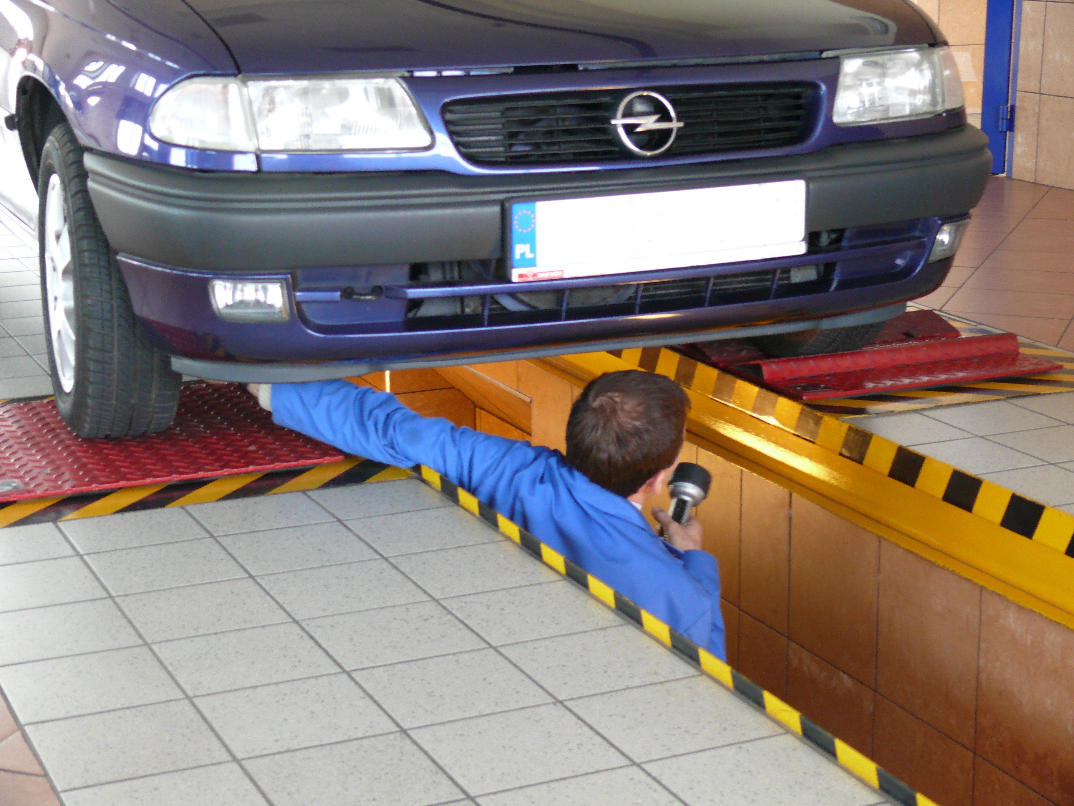 Стенд контроля состояния подвески и рулевого управления