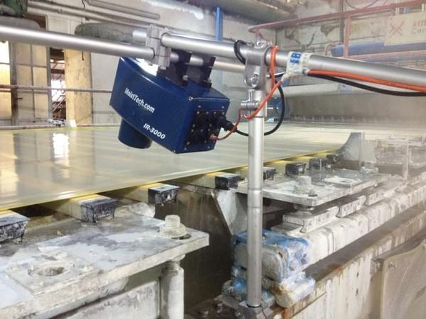 Измерение влажности при производстве бумаги