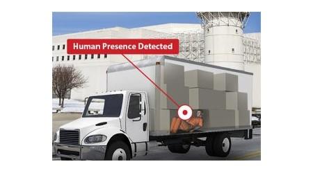 Обнаружение присутствия человека в транспортных средствах